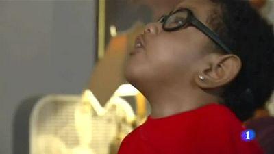 Un niño estadounidense ve retrasado un trasplante vital al ser arrestado su padre