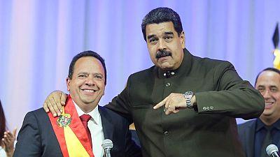 Gobierno y oposición de Venezuela cruzan acusaciones sobre la toma de posesión de los nuevos gobernadores