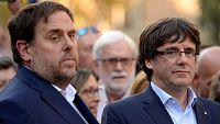 Miles de personas, con Govern al frente, protestan en Barcelona contra el 155