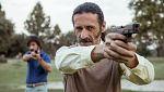 El Ministerio del Tiempo - Pacino dispara a Alonso para evitar que dispare a Suárez