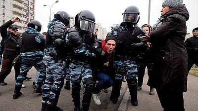 La policía rusa detiene a más de 260 personas en el centro de Moscú