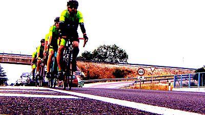 Crónicas - Atención, ciclistas - ver ahora