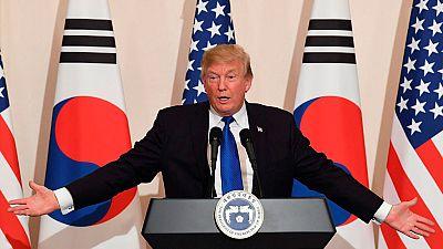 Trump estrecha lazos con Corea del Sur frente a la amenaza del Norte en su gira asiatica
