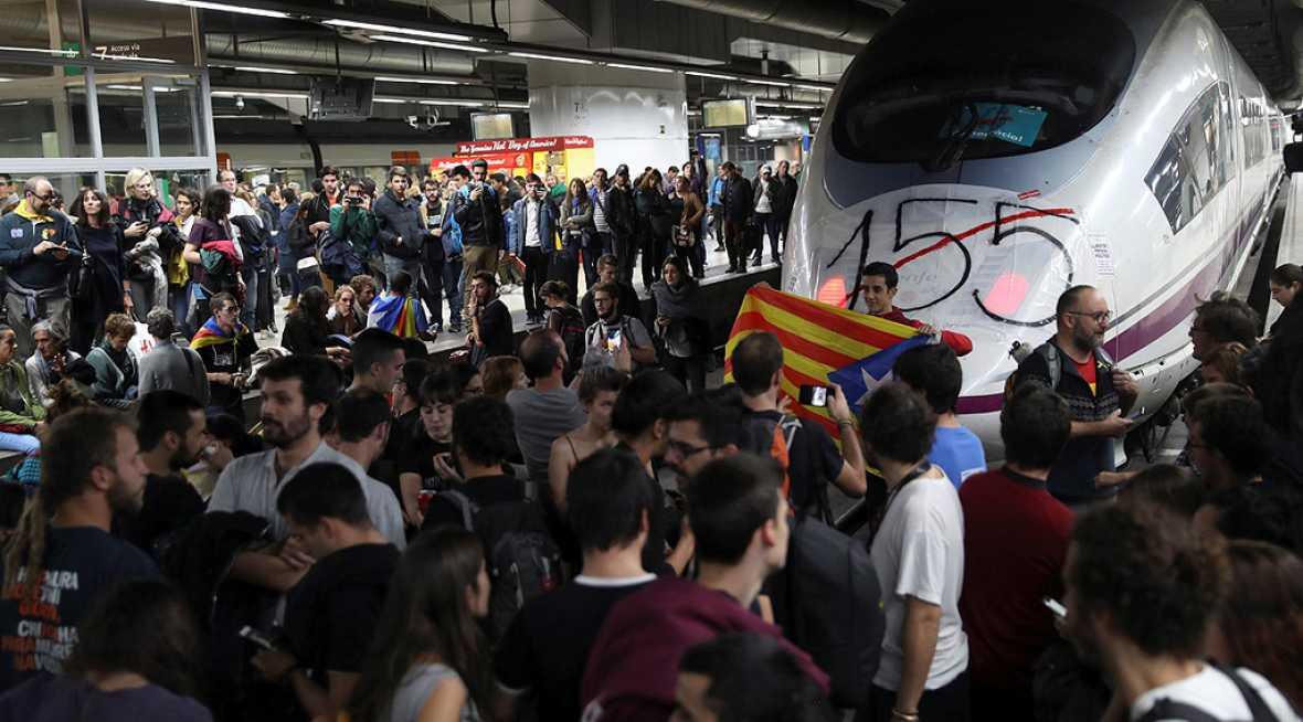 Los cortes ferroviarios y de carreteras protagonizan una huelga con escaso seguimiento en Cataluña