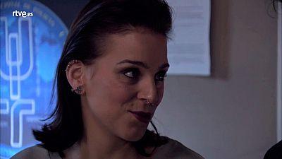 Servir y proteger - Laura acepta casarse con Martín