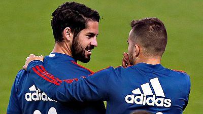 La selección española cierra un esperanzador 2017, año que vuelve a ilusionar a todo un país con lograr algo grande en un Mundial, con dos amistosos de preparación, el primero en una Rosaleda que se llenará ante Costa Rica, selección clasificada tamb