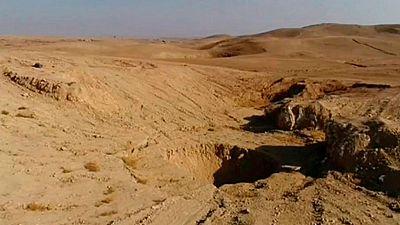 Hallan en Irak varias fosas comunes con 400 víctimas asesinadas por el Estado Islámico