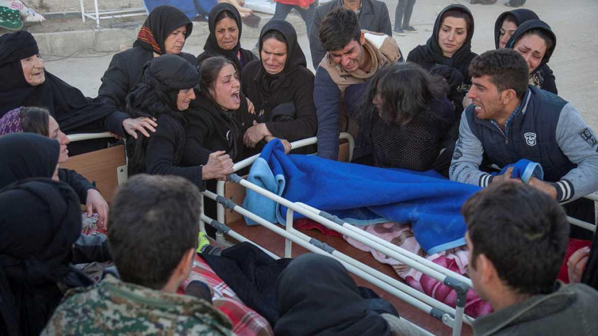 Un potente terremoto sacude la frontera entre Irán e Irak y deja centenares de víctimas