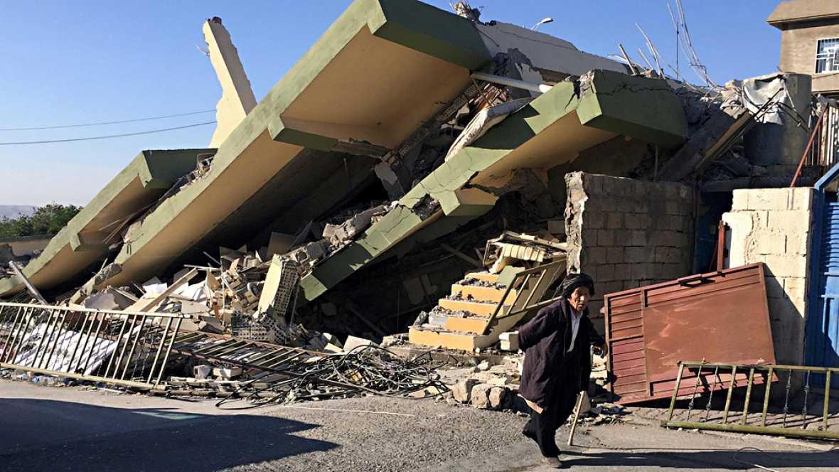 Miles de personas han quedado a la intemperie en Irán tras el último terremoto