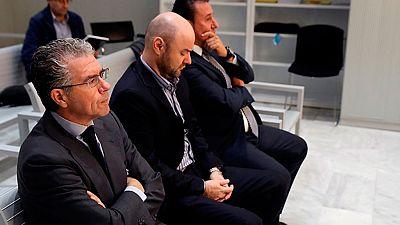 El exconsejero del gobierno del PP en la Comunidad de Madrid, Francisco Granados ha negado que ocultara un millón de euros en casa de sus suegros tras recibir un chivatazo