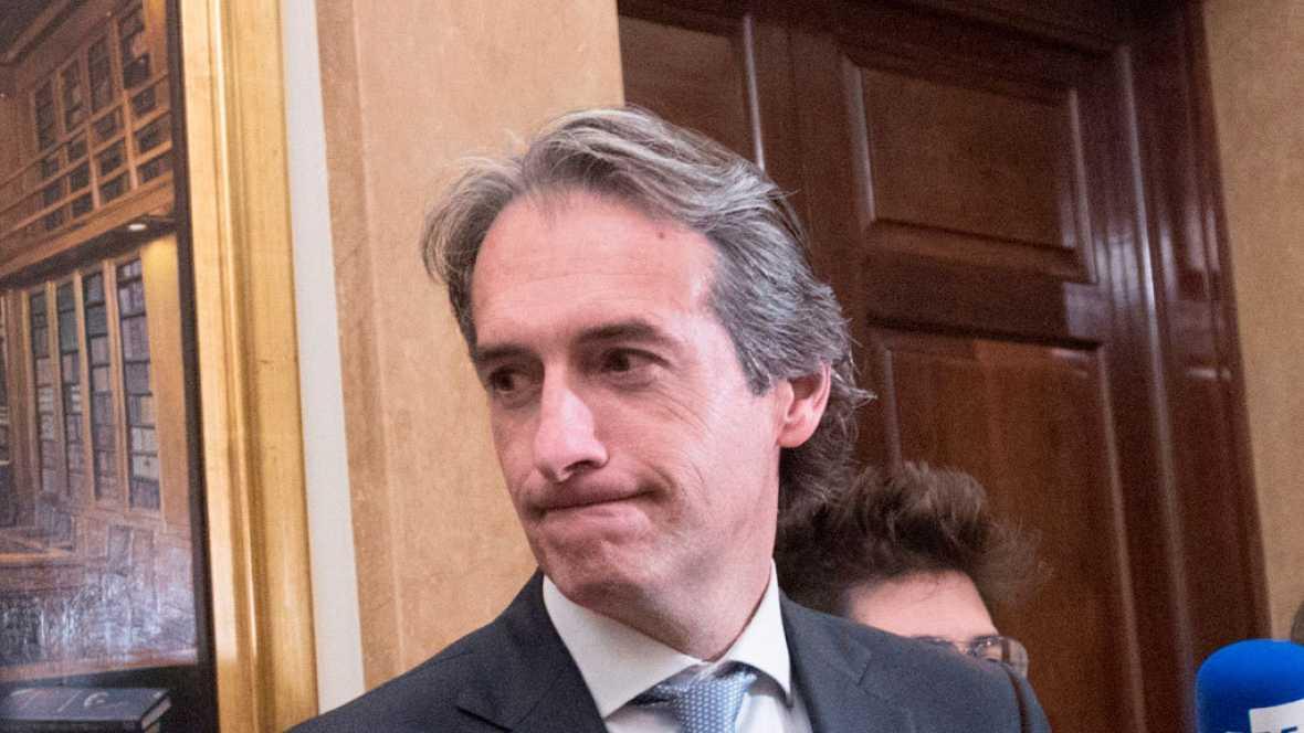 """De la Serna reconoce que el tren de Extremadura """"no es acorde al siglo XXI"""""""