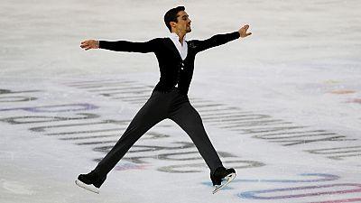 El español Javier Fernández arrasó en el programa corto del Gran Premio de Grenoble (Francia) de patinaje artístico, con una puntuación de 107,86 puntos, casi 14 por encima del segundo clasificado, el japonés Shoma Uno.
