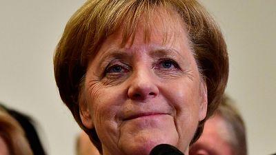 Merkel prefiere nuevas elecciones a gobernar en minoría y se postula como candidata