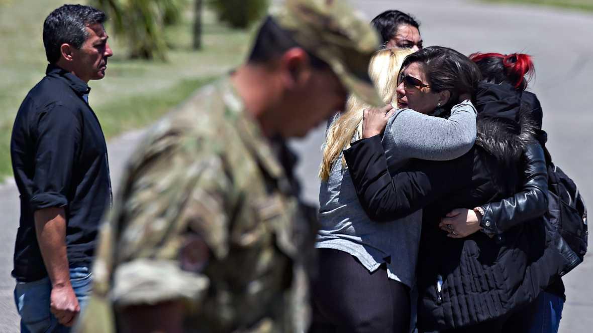Indignación y desolación entre los familiares del submarino argentino desaparecido