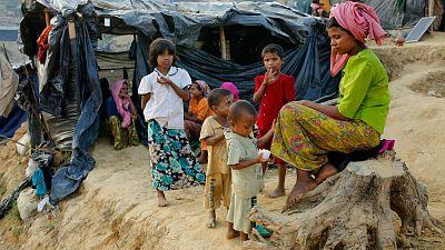 El papa viaja a Birmania y Bangladesh en pleno drama de los rohinyá