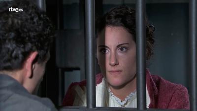 Acacias 38 - Lolita visita a Antoñito en la cárcel