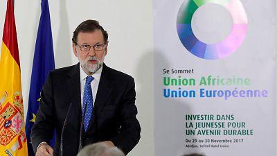 """Rajoy responde a Podemos que el 155 es """"democrático"""": """"¿Qué pretendían que hiciéramos?"""""""