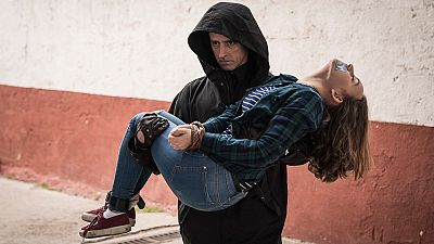 Márquez desesperado por salvar a Bea del Carnicero