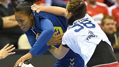 Balonmano - Campeonato del Mundo Femenino: Brasil - Rusia, desde Oldenburg (Alemania) - ver ahora