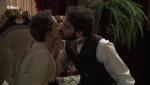 Acacias 38 - Diego besa a Olga