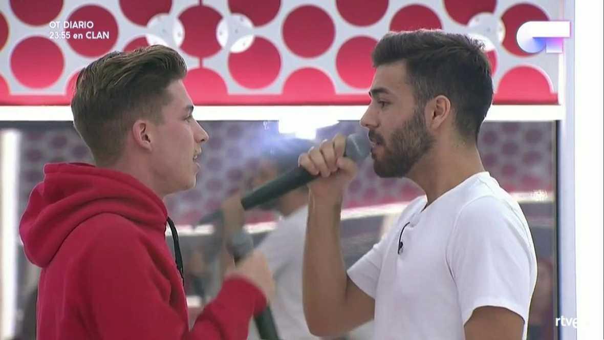 Operación Triunfo - Raoul y Agoney cantan 'Manos vacías' en el primer pase de micros