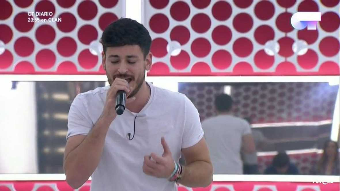 Operación Triunfo - Cepeda canta 'Mi héroe' en el primer pase de micros