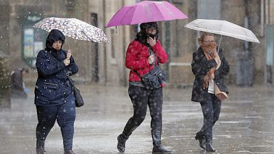 La borrasca Ana llega a España con fuertes precipitaciones y un intenso temporal de viento