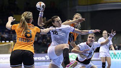 Balonmano - Campeonato del Mundo Femenino 1/4 Final: Holanda-República Checa - ver ahora