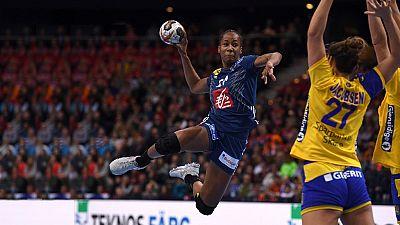 Balonmano - Campeonato del Mundo Femenino 2ª Semifinal: Suecia-Francia - ver ahora