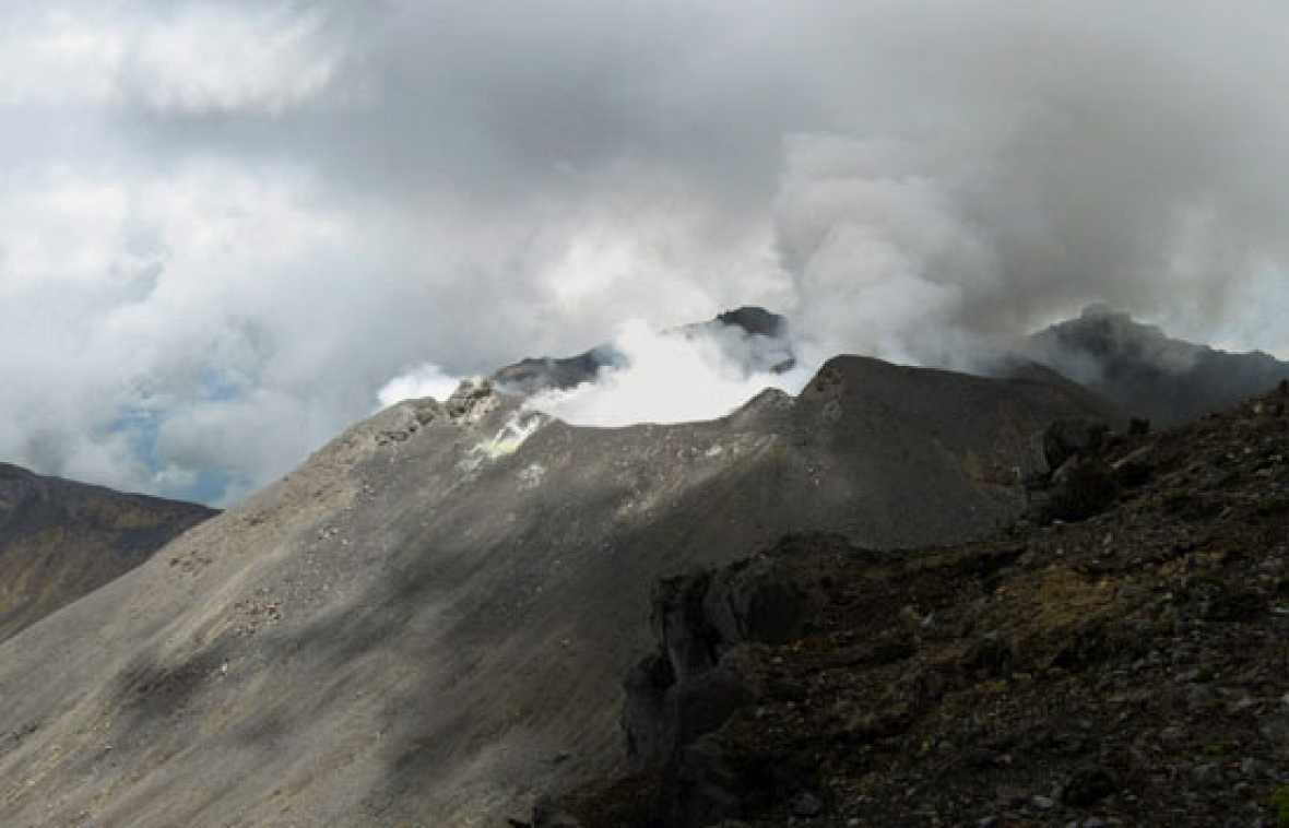 El volcán Galeras entra en erupción