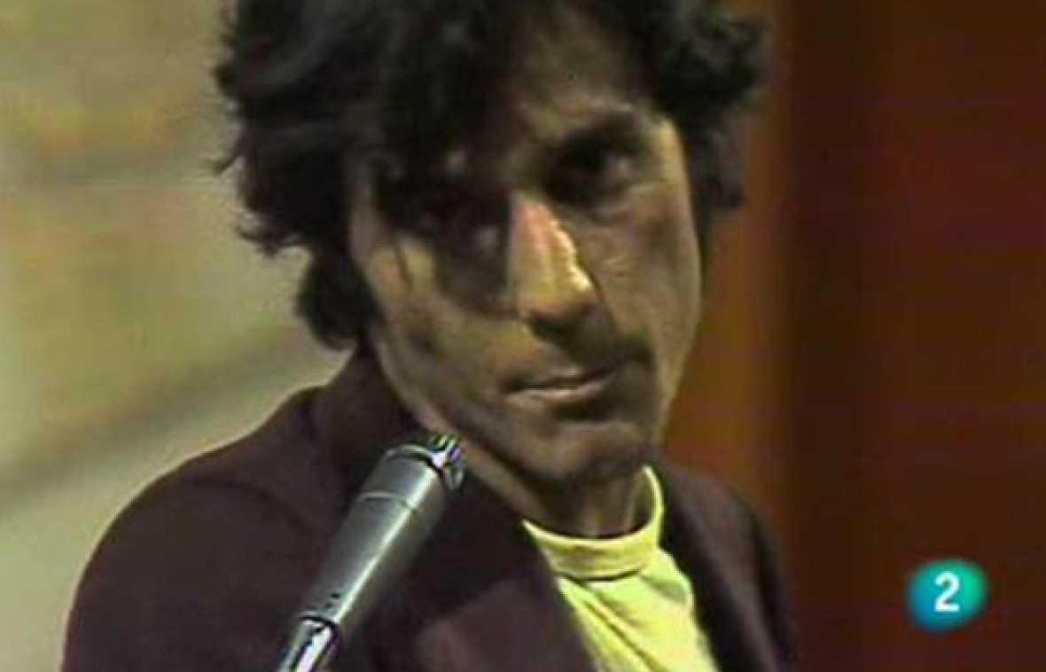 """Ésta es la primera actuación del grupo Nacha Pop en la televisón pública. Corría el año 1980. Fue en el programa """"300 millones"""" y la banda madrileña tocó """"La chica de ayer"""","""