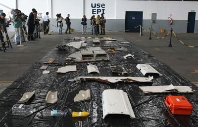 Los primeros cadáveres analizados del Airbus no presentan quemaduras