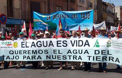 Manifestación contra los trasvases