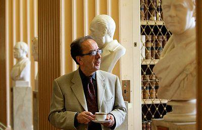 El novelista, poeta y ensayista albanés Ismail Kadaré gana el Premio Príncipe de Asturias de las Letras 2009