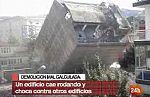 Un edificio cae y da una vuelta completa al fallar la demolición