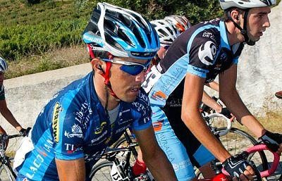 El dopaje golpea nuevamente el ciclismo. Nuno Ribeiro y dos españoles, Héctor Guerra e Isidro Nozal, dieron positivo por CERA en la última Vuelta a Portugal. Liberty Seguros retirará el patrocinio al equipo.