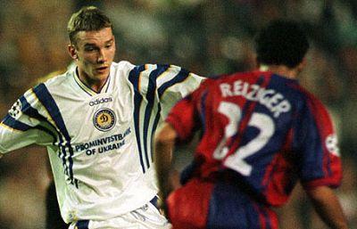 Barça y Dinamo de Kiev ya se vieron las caras en Liga de Campeones en 1993. El equipo ucraniano ganó 3-1 en la ida. En la vuelta, en el Camp Nou, el conjunto azulgrana, por entonces con Cruyff en el banquillo, se impuso 4-1.
