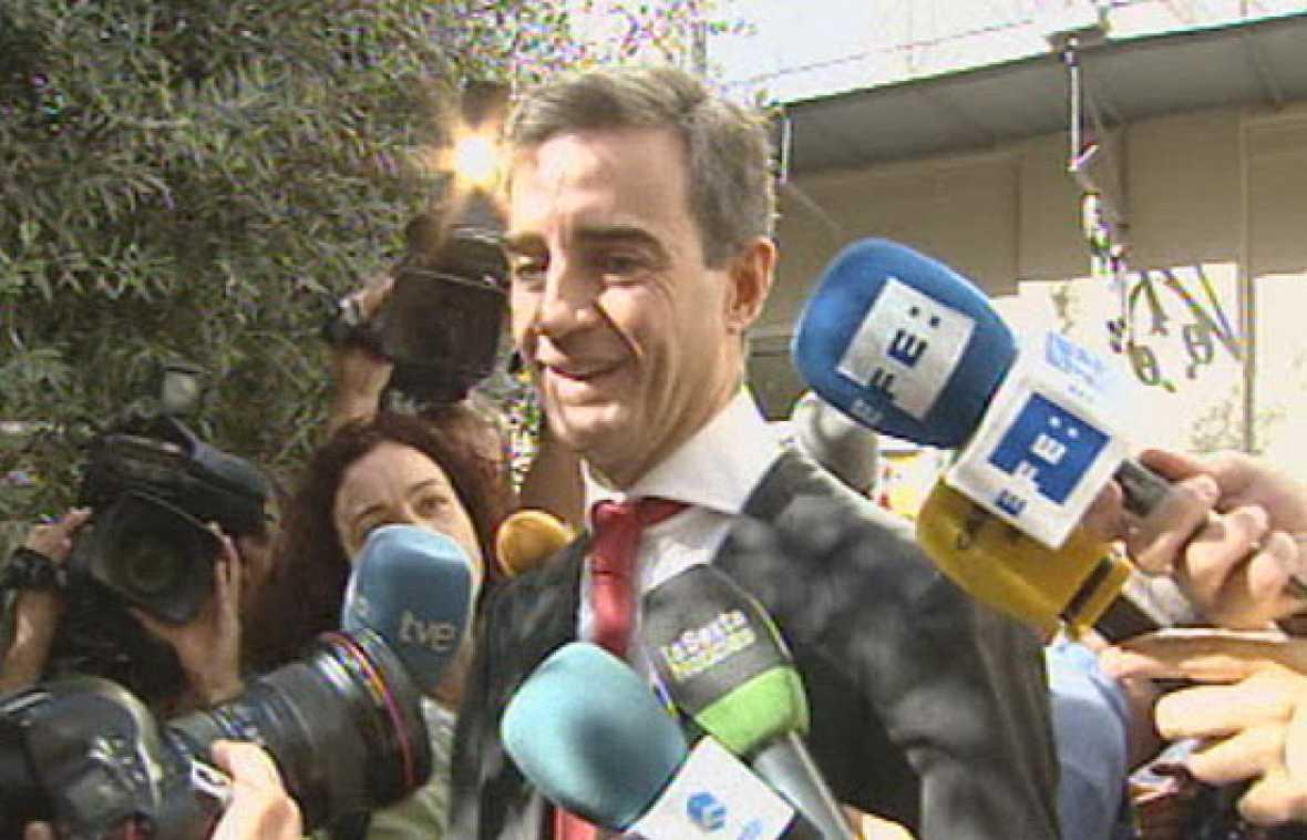 "Costa asegura que ""no se aferra al poder"" tras ser destituido"