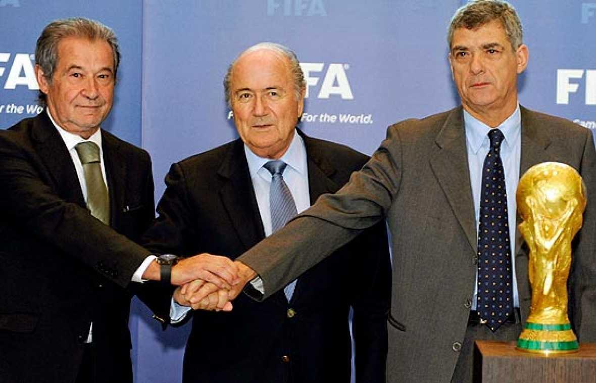 La península ibérica se ha unido en la candidatura para organizar el Mundial de fútbol de 2018 o 2022.