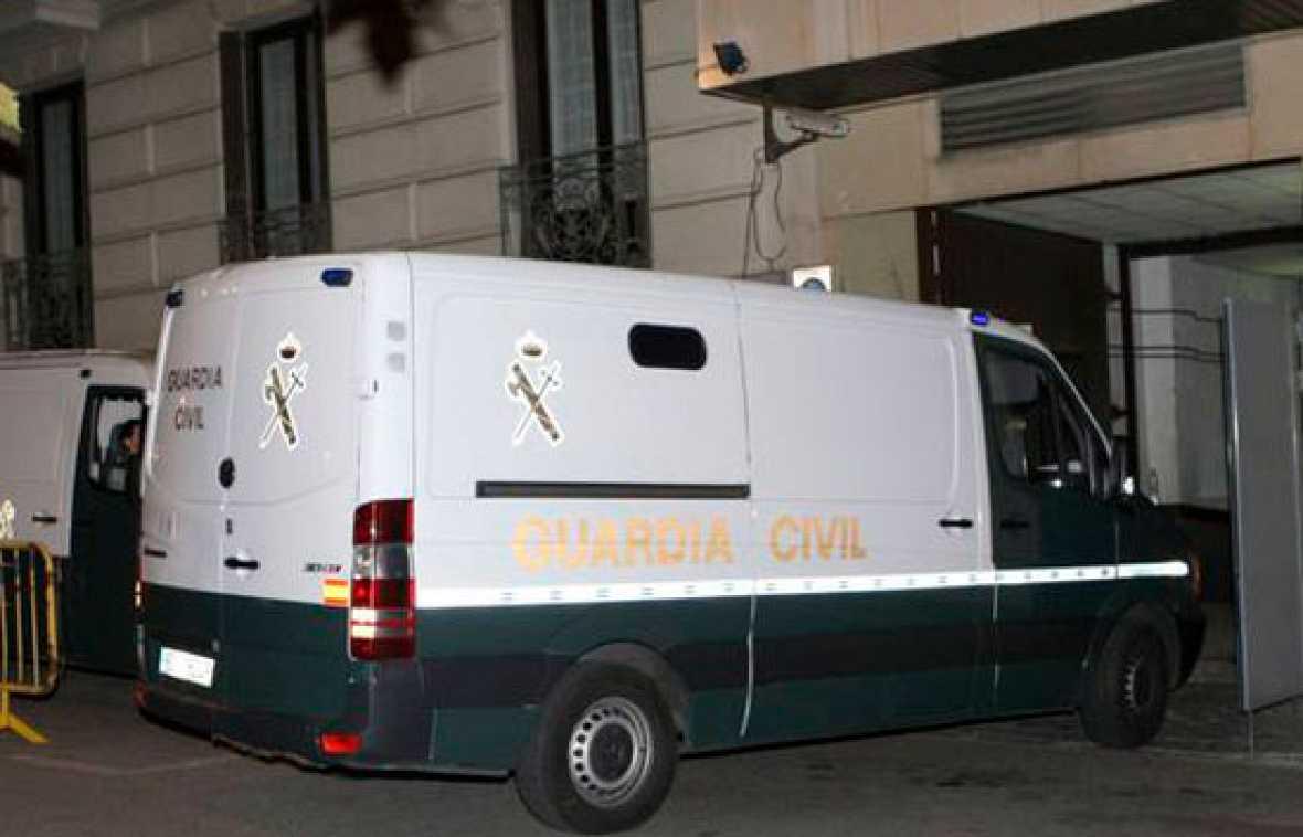 Prisión para el alcalde de Santa Coloma y otros cuatro detenidos