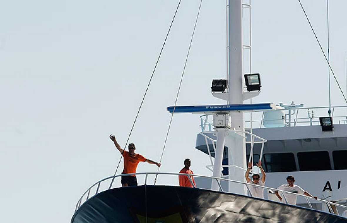 Primeras imágenes del Alakrana en Puerto Victoria