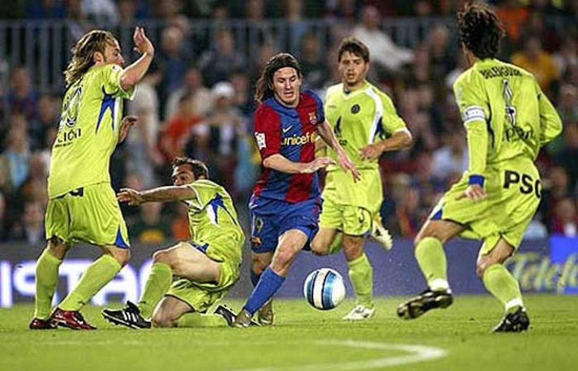 El gol que Messi le metió al Getafe en una eliminatoria copera en 2007 ha sido el gol más parecido al que muchos consideran el mejor gol de la historia: El 2-1 de Argentina a inglaterra en las semifinales del Mundial Mexico 1986, obra de Maradona
