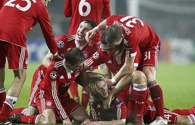 Chelsea, Manchester y Burdeos clasificados como primeros de grupo. Oporto, CSKA y Bayern pasan como segundos.