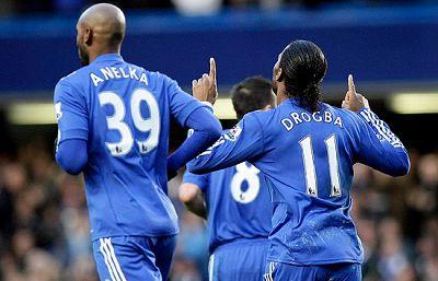 El Chelsea a empatado 3-3 en su campo contra el Everton. El City tampoco pudo imponerse y cosechó el mismo resultado.