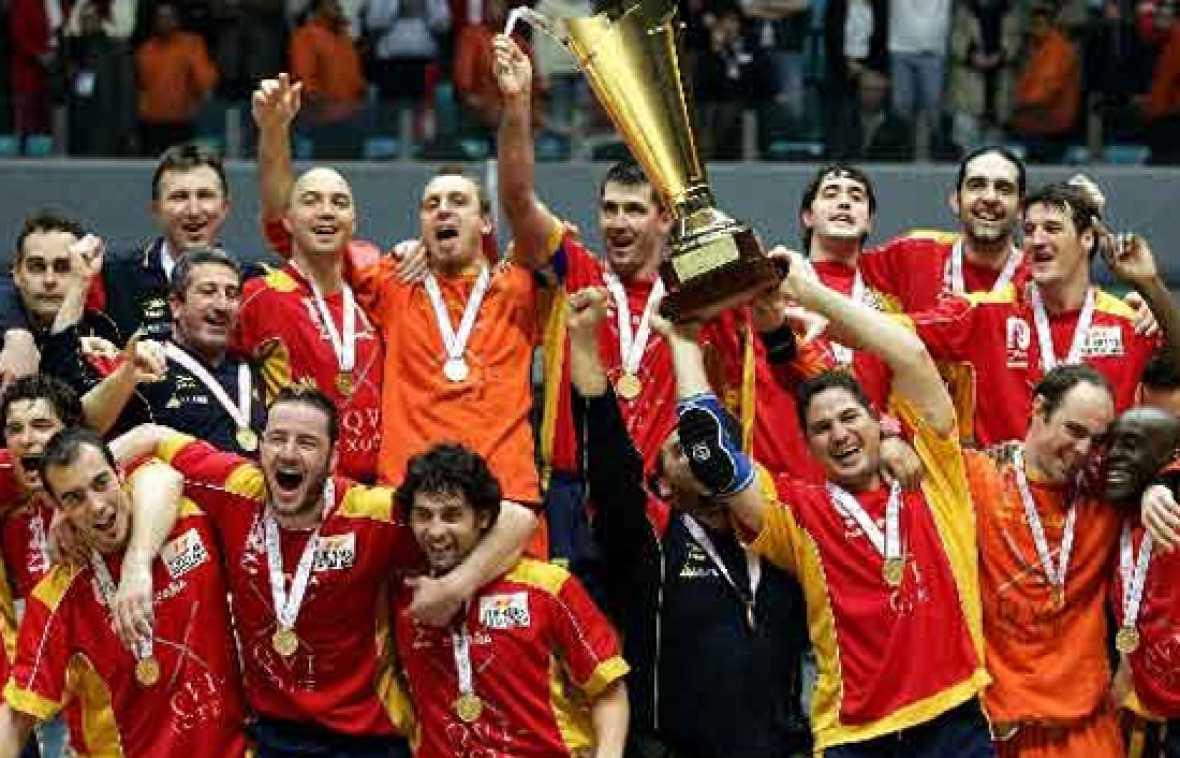 En los últimos 15 años, la selección española de balonmano ha dado grandes alegrias a los seguidores del baloncesto, ¿repetirán en este Europeo?