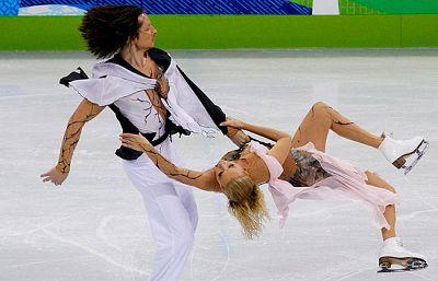 La pareja rusa compuesta por Oksana Domnina y Maxim Shabalin se tuvo que consolar con ganar la medalla de bronce.