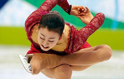 La japonesa Mao Asada se clasifica para la final en la segunda posición.