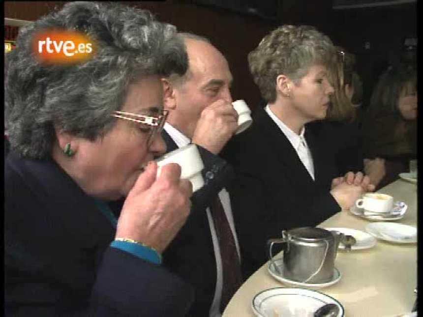 """La cafetería """"La Calesera"""", en la Gran Vía (1992)"""