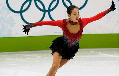 La patinadora japonesa Mao Asada no pudo superar a la favorita y se quedó en el segundo puesto del cajón.