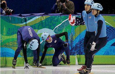 El patinador estadounidense Apolo Anton Ohno, consiguió entrar en la historia de su país al ser el primer atleta en ganar seis medallas en los JJOO de invierno. La suerte sonrió esta vez a Apolo ya que los dos coreanos, que marchaban segundo y tercer